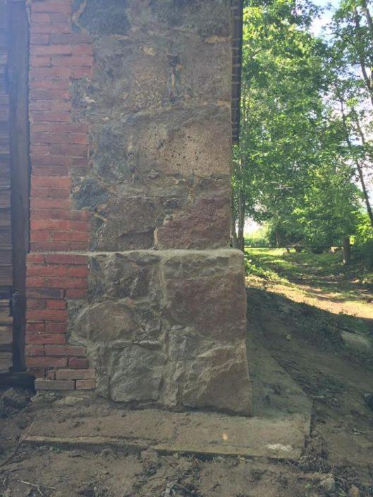 Maakivist maja nurga renoveerimine