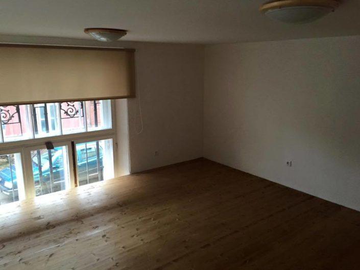 Lossi tänava korteri renoveerimine.