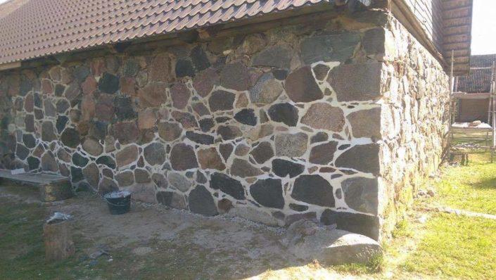 Maakivi hoone renoveerimine Raplas.