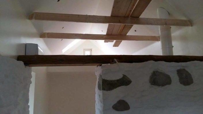 Maakivist maja renoveerimine.