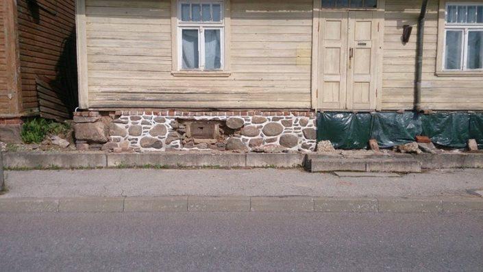 Sokli restaureerimine Viljandimaal Kadajas.