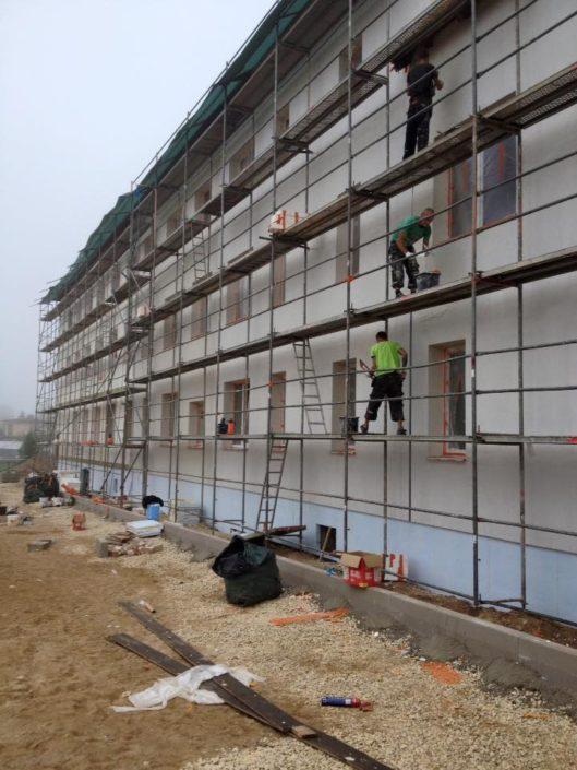Viljandi Pärnu mnt kortermaja fassaadi renoveerimine